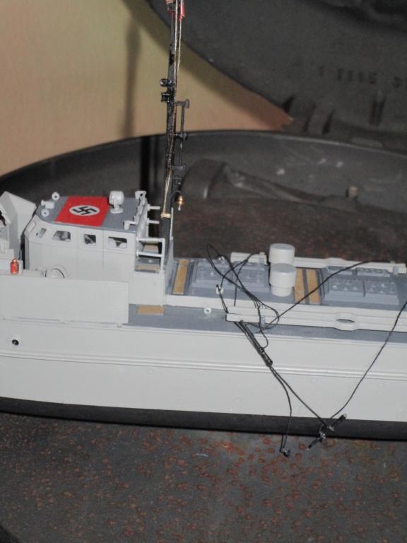 """La """"drôle de guerre"""" sur mer. E-boat (Schnellboot / S-boot) Airfix & Arado Revell 1/72ème. Img_1687"""