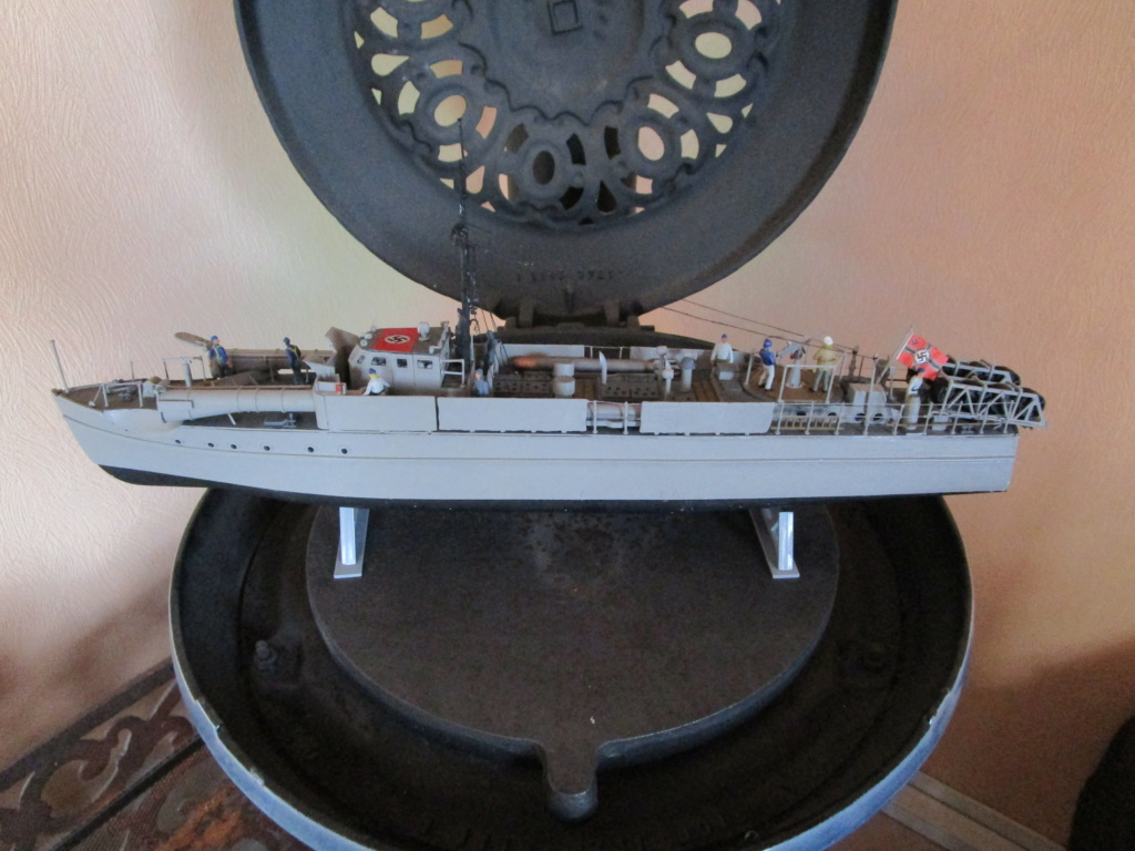 """La """"drôle de guerre"""" sur mer. E-boat (Schnellboot / S-boot) Airfix & Arado Revell 1/72ème. - Page 2 Img_1822"""