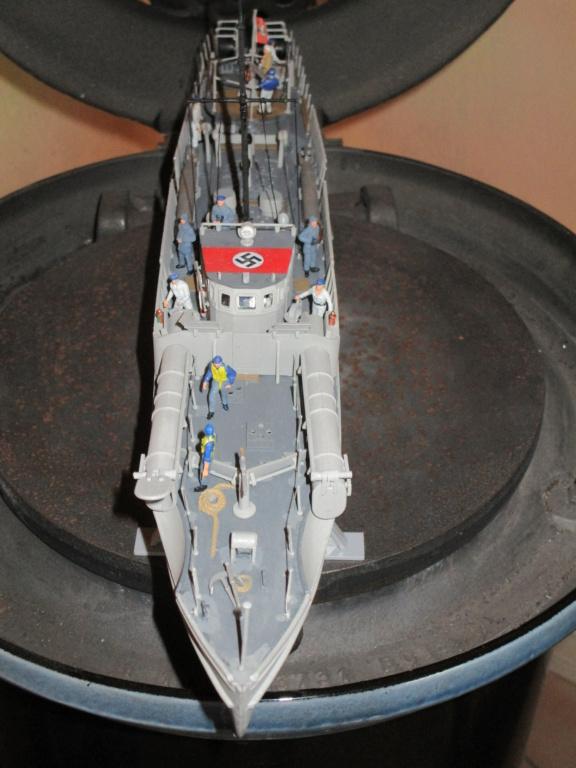 """La """"drôle de guerre"""" sur mer. E-boat (Schnellboot / S-boot) Airfix & Arado Revell 1/72ème. - Page 2 Img_1825"""