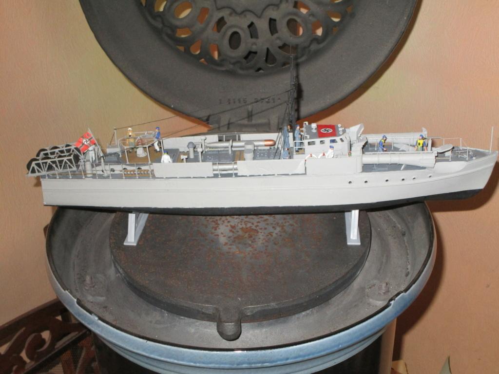 """La """"drôle de guerre"""" sur mer. E-boat (Schnellboot / S-boot) Airfix & Arado Revell 1/72ème. - Page 2 Img_1827"""