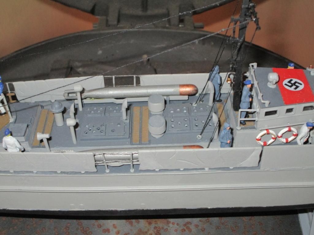 """La """"drôle de guerre"""" sur mer. E-boat (Schnellboot / S-boot) Airfix & Arado Revell 1/72ème. - Page 2 Img_1910"""