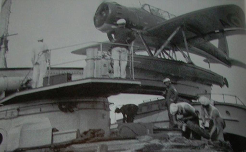 """La """"drôle de guerre"""" sur mer. E-boat (Schnellboot / S-boot) Airfix & Arado Revell 1/72ème. Irxjcq10"""