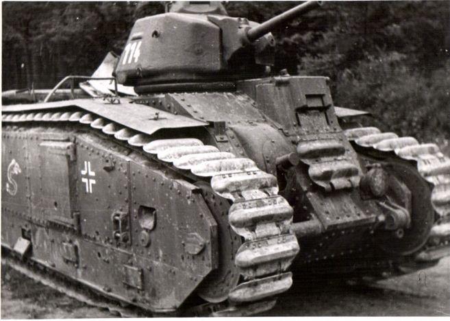 Nos chars Lourds B1-B1bis aux mains des Allemands. 114-0210