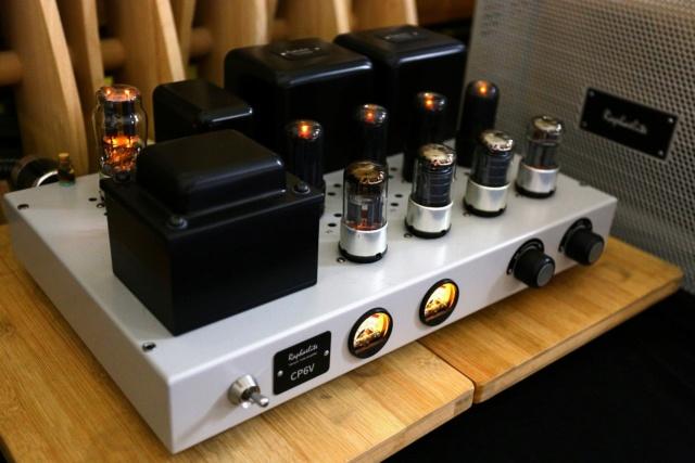 Raphaelite CP6V Push-Pull Valve Integrated Amplifier 910