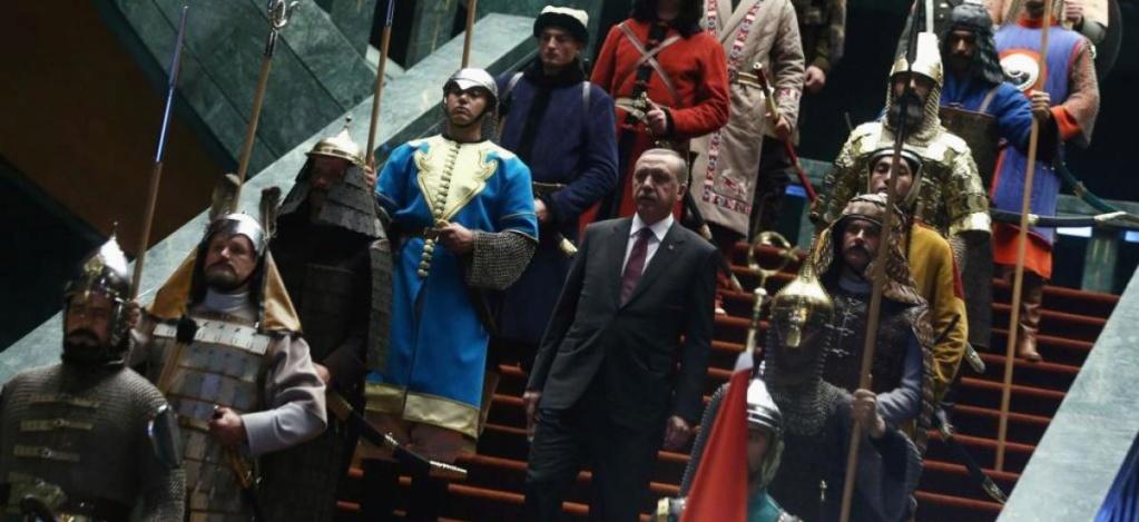 لماذا يفتخر أردوغان بأجداده العُثمانيين؟ 20150110