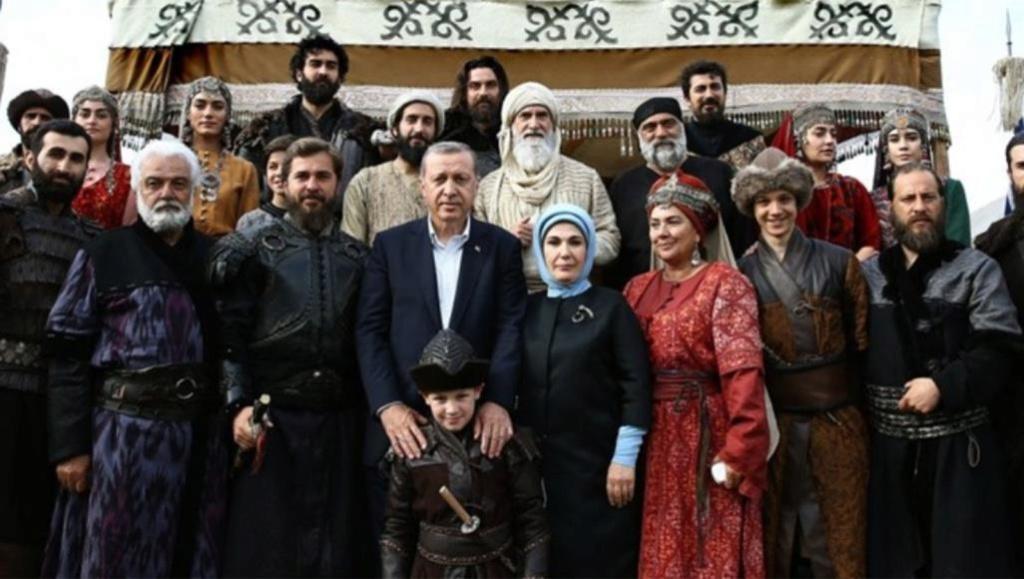لماذا يفتخر أردوغان بأجداده العُثمانيين؟ 58010