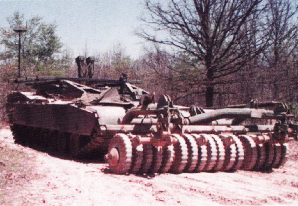 مدفع عيار 140 ملم للأبرامز.. ماله؟ وماعليه؟ - صفحة 2 Abrams15