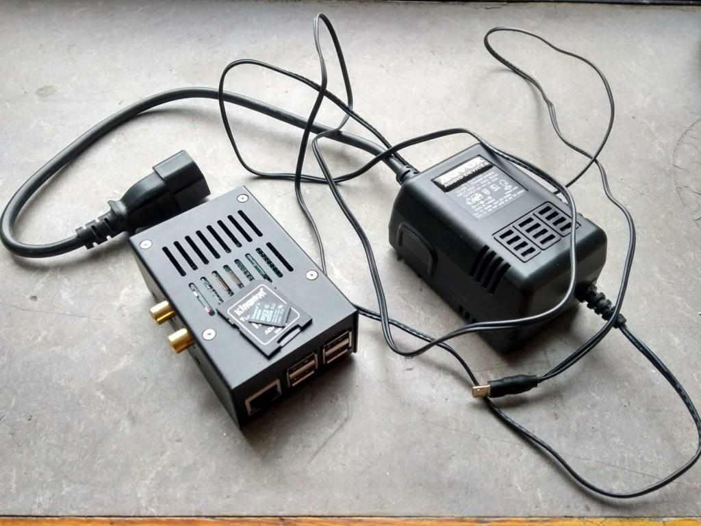 Raspberry Pi 3B / HiFi Berry DAC+ Pro / Aqvox LPSU / MicroSD Qdrh3y10