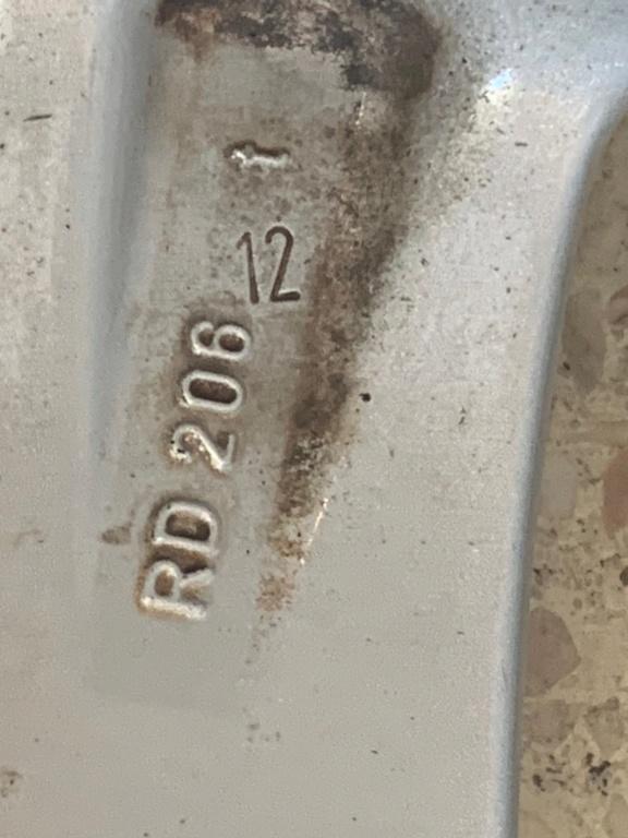 Taille maximale des pneus sur 986 Boxster - Page 2 Img_1810