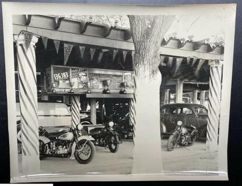 Vieilles photos (pour ceux qui aiment les anciennes photos de bikers ou autre......) - Page 14 Tumbl267