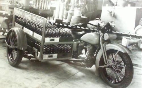 Vieilles photos (pour ceux qui aiment les anciennes photos de bikers ou autre......) - Page 14 Tumbl276