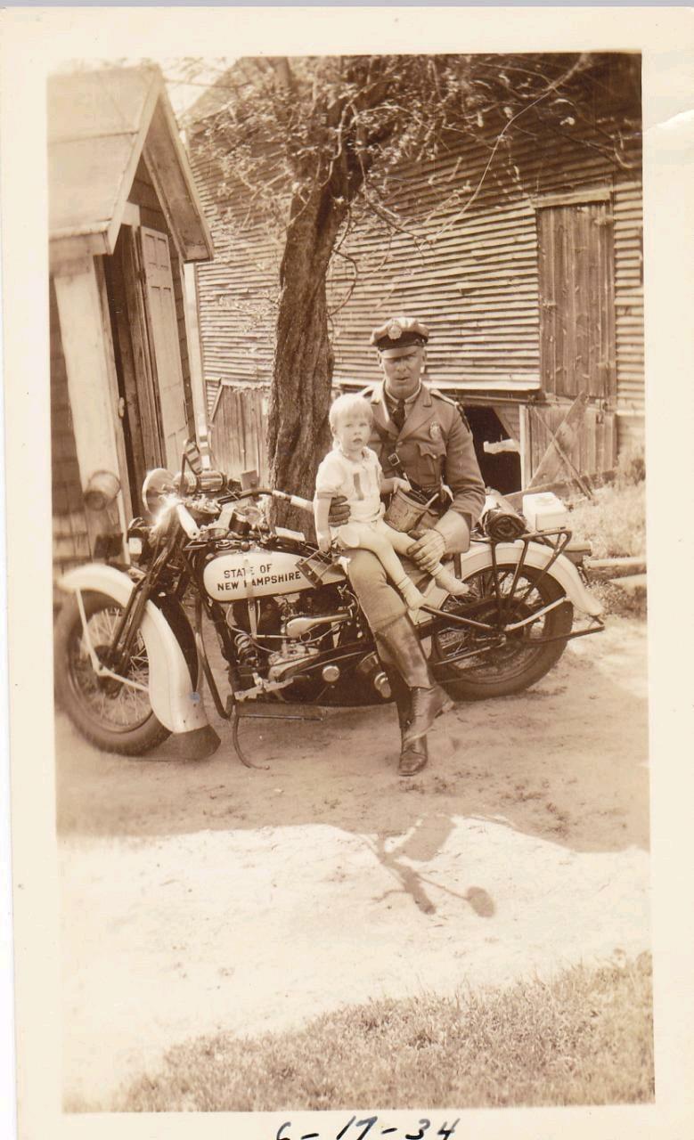 Vieilles photos (pour ceux qui aiment les anciennes photos de bikers ou autre......) - Page 14 Tumbl286