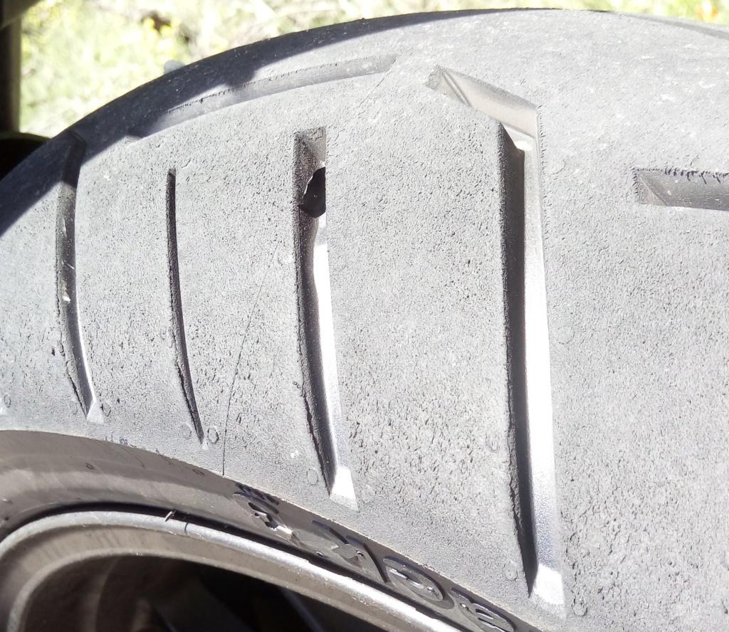 El hilo de los neumáticos.... - Página 14 Conti10