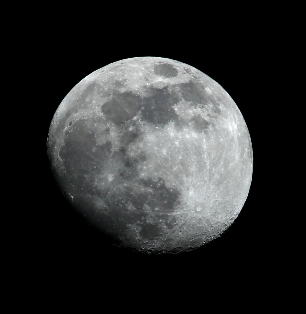 Lune  Lune7010