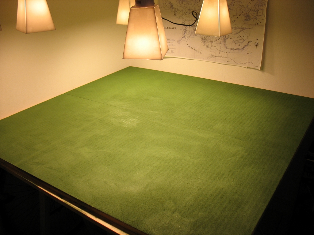 Table de jeu verdoyante Img_3212