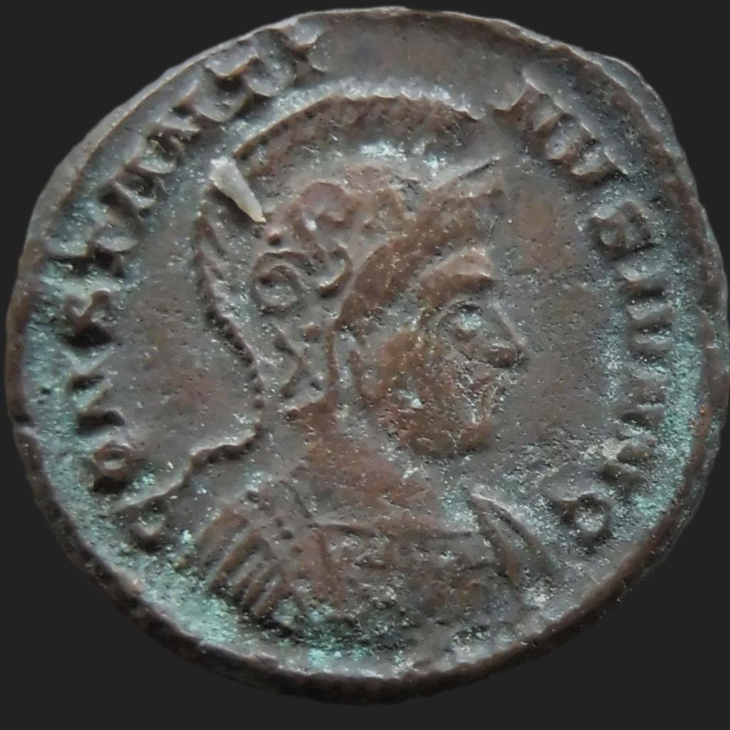 Constantin II, Londres P1150411