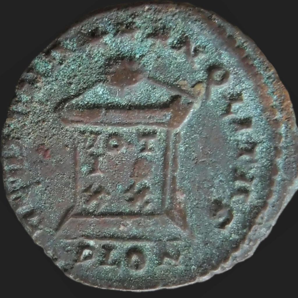 Constantin II, Londres P1150412