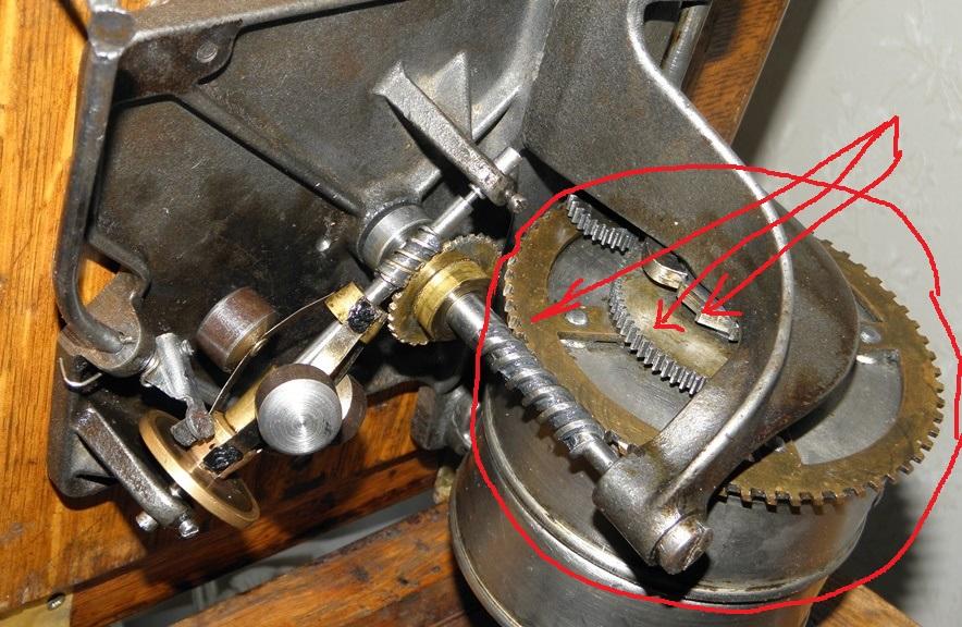 Куплю запчасти для двигателя граммофона 211