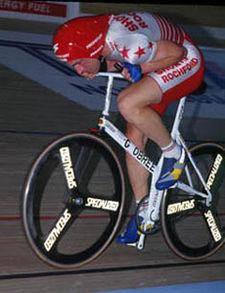 La muerte del ciclista Weylandt tiñe de luto el Giro de Italia Graeme10