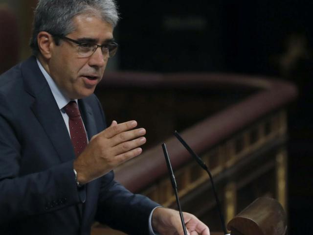 [XI Legislatura] 1ª Sesión del Debate de Investidura de Dña. Soraya Sáenz de Santamaría Antón 01010310