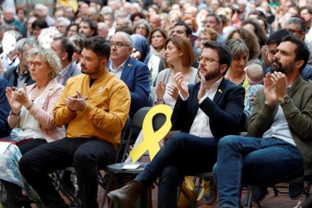 Esquerra Republicana de Catalunya Compromets amb la justícia,el progrés,la llibertat i la democràcia per al país   09328710