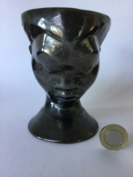 Black glaze head vase planter, unmarked  03c71110