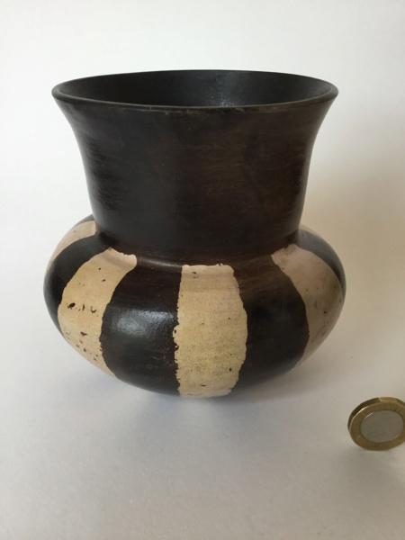 Burnished studio vase, black and white, AM Mark 06753010