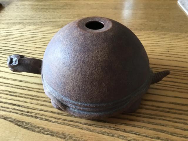Tortoise figural stoneware oil lamp 06ae4410