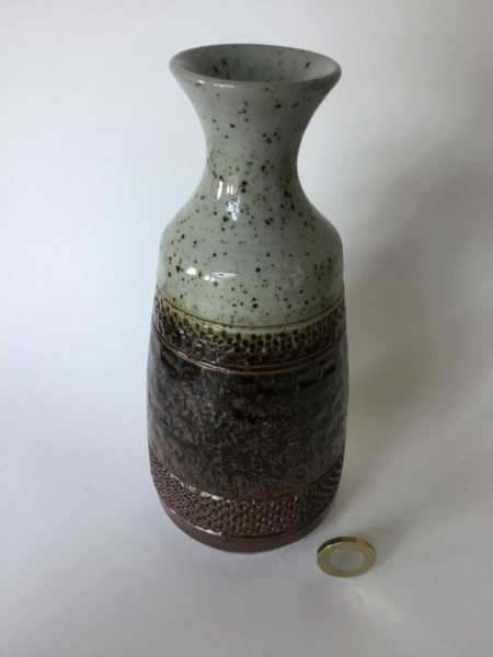 1970s or 80s style stoneware vase, impressed pattern - Purbeck  10e55e10