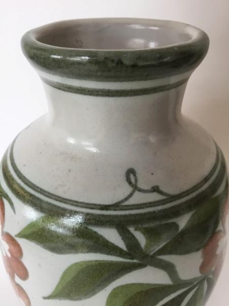 Laurence McGowan, ex-Aldermaston Pottery 11b61f10