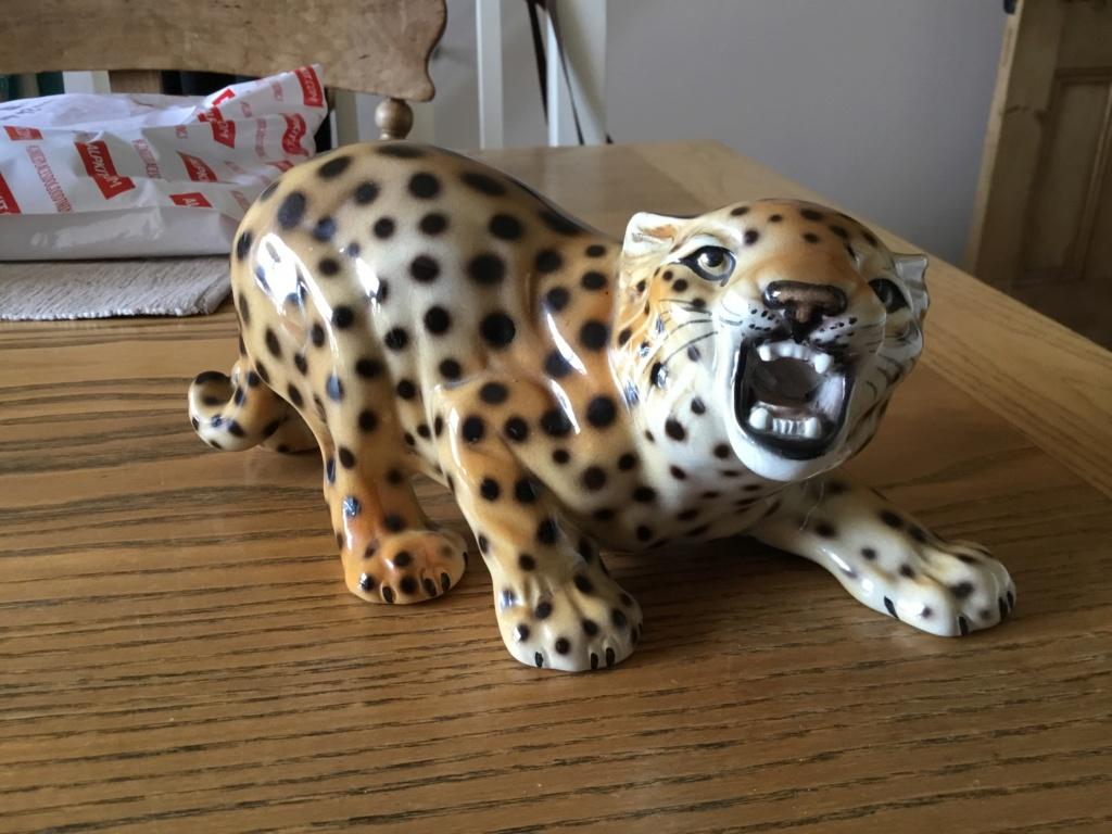 Vintage Italian leopard figurine, signed 12ee6b10