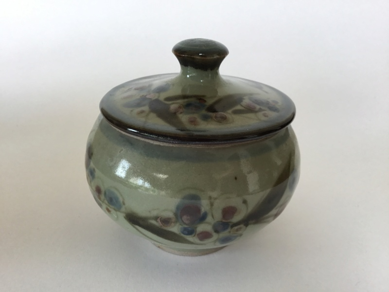 Flower decorated studio stoneware pot and lid, obscured mark 1312a910