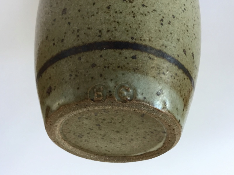Eric Golding, Branscombe Pottery  - Page 2 16afe210