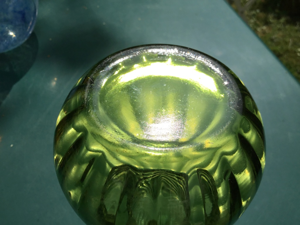 Olive green ribbed vase, factory made, modernish  17265b10