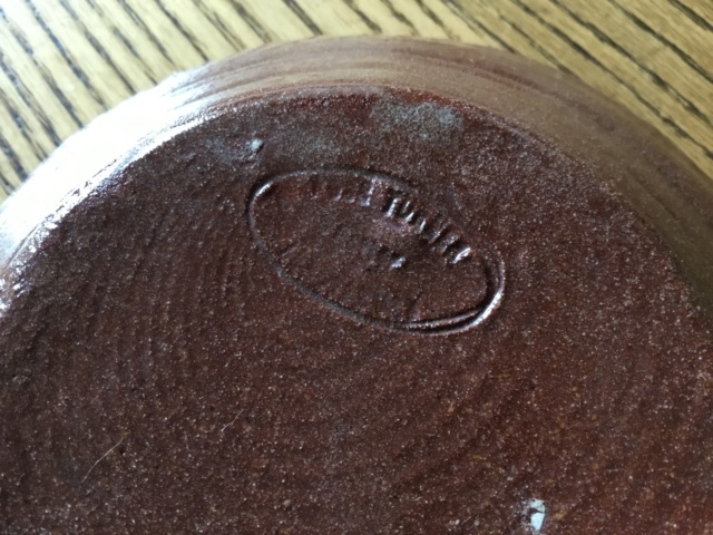 Slipware swans dish, possibly Torquay, oval mark  1b43bd10