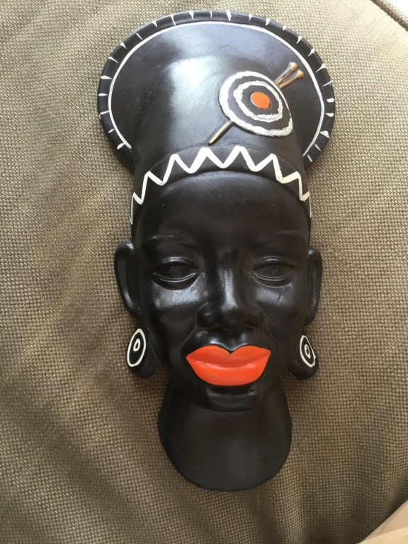 Black African woman wall plaque 1c837410