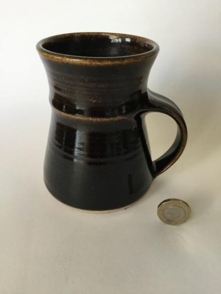 Tenmoku studio mug RW mark 24a1fc10