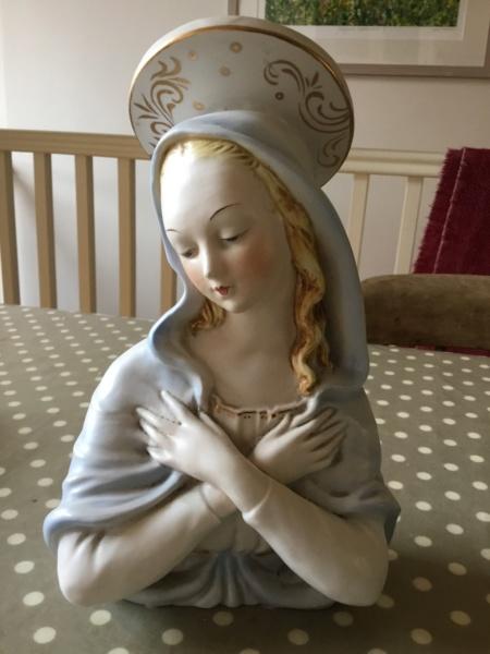 Italian religious Madonna bust marked ITALY 2791e510