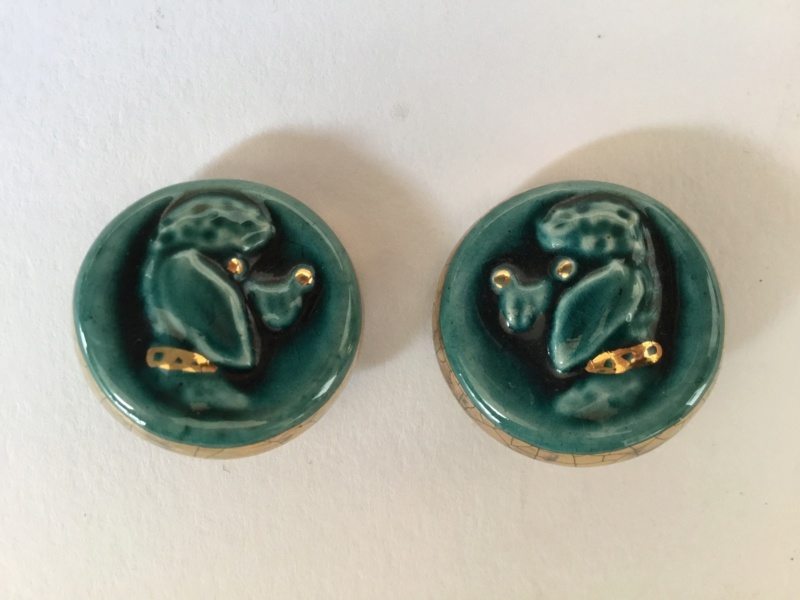 Vintage ceramic poodle clip on earrings  2a570210