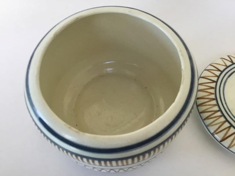 Handpainted heron container and lid 2b1e7910