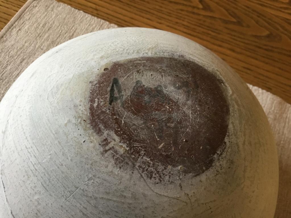 Studio Bowl, jigsaw made? Signed 2d5cb310