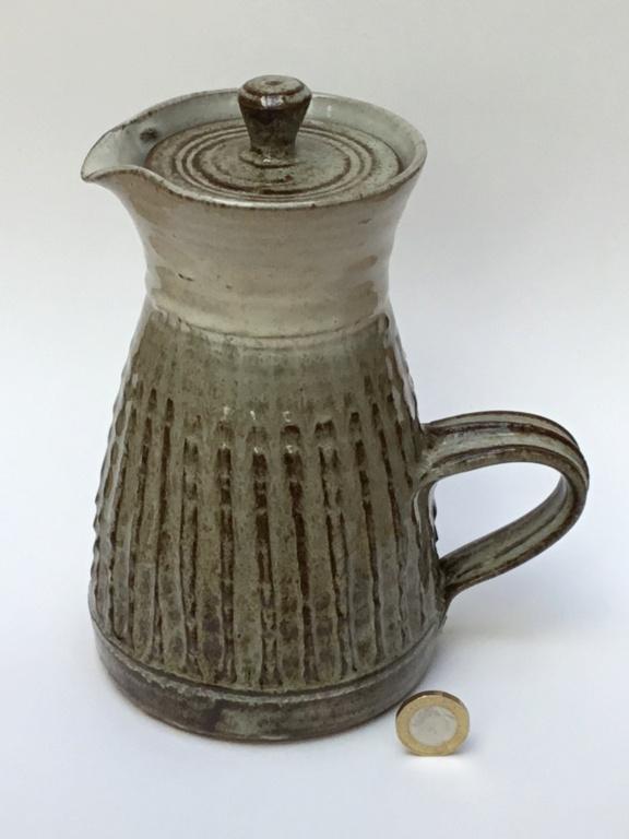 1970s style studio coffee pot S - mark  310afa10