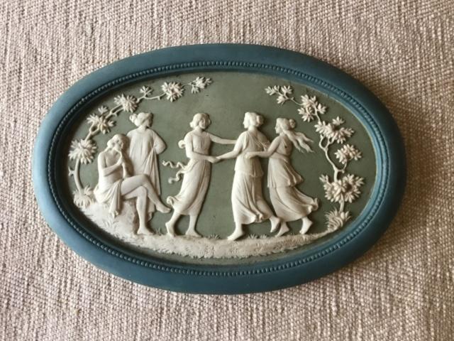 Green jasperware plaque musician & dancers 32657810