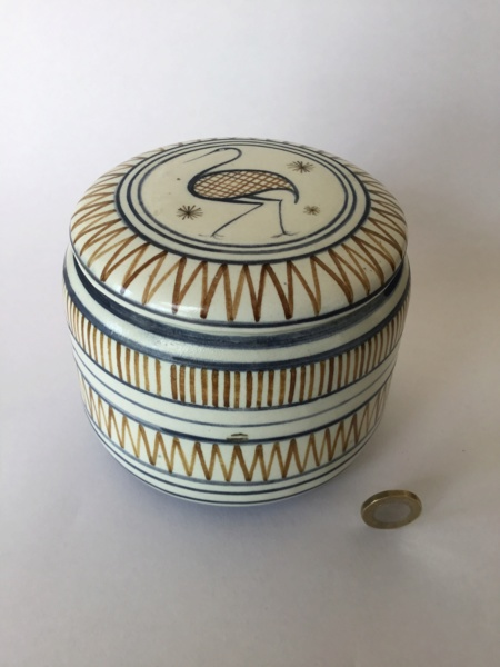Handpainted heron container and lid 345c1210