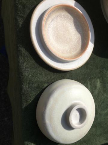 Studio porcelain trinket pots TH mark - Terri Holman  39f71e10