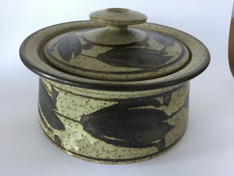Hugh West & Chris Hawkins stoneware casserole, hw and ch marks 4a5d3c10