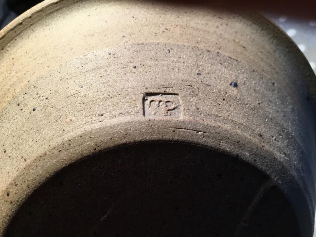 Studio stoneware  bowl, mp mark 4b99b610