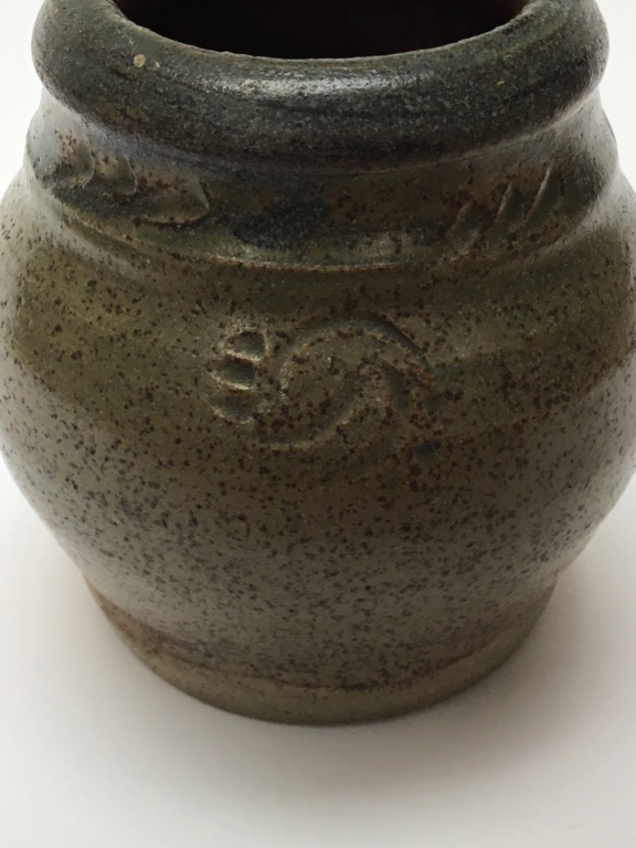 Studio vase MSB abbey dated 1950 - Mount St Bernard Abbey, Leicestershire 54cf4d10