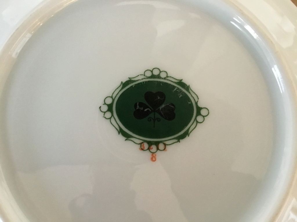 Continental porcelain fruit plates, clover mark 579da410
