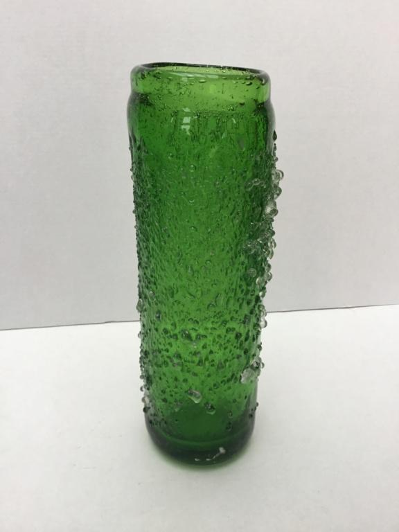 Green vase, ice crystal finish, Concave ground Base 596bc510